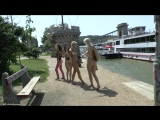 Enni Nude in Public 5