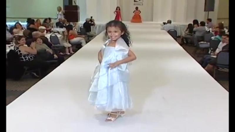 Briannet_Borrego'model,niña_modelando,modelaje,hna_actriz_Liannet_Borrego