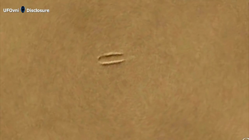 Giant Disc-Shaped UFO Landed On Mars
