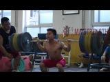 Long De Cheng 4xBW Back Squat 226kg
