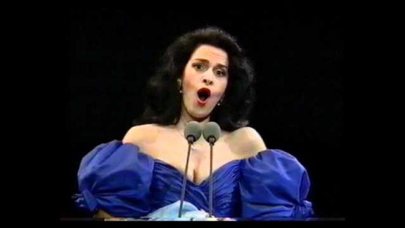 Angela Gheorghiu - Le Nozze di Figaro: Porgi amor - Prague 1994