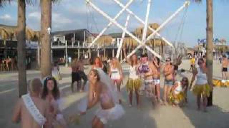 Клип kazantip-19 opening(06082011)flying balloons_episode1 смотреть онлайн