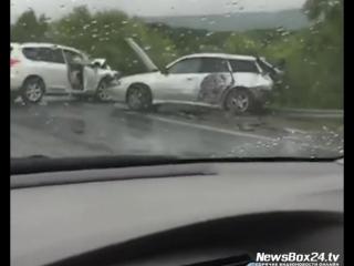 Очередное массовое ДТП с пострадавшими произошло на Уссурийской трассе