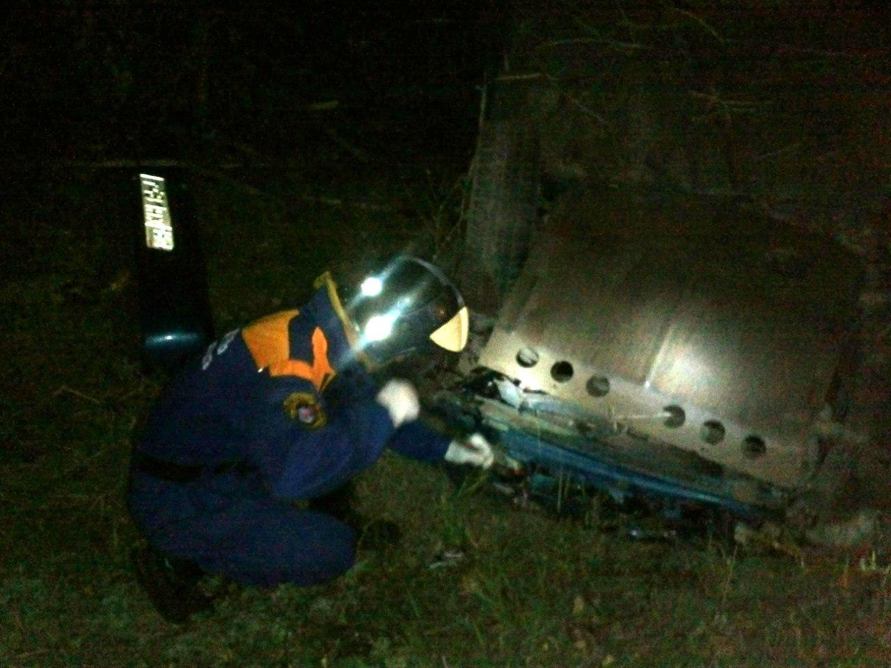 В Ростовской области маршрутка с пассажирами снесла кирпичную остановку, один человек погиб