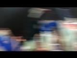Народ приветствует Флойда Мейвезера в Москве
