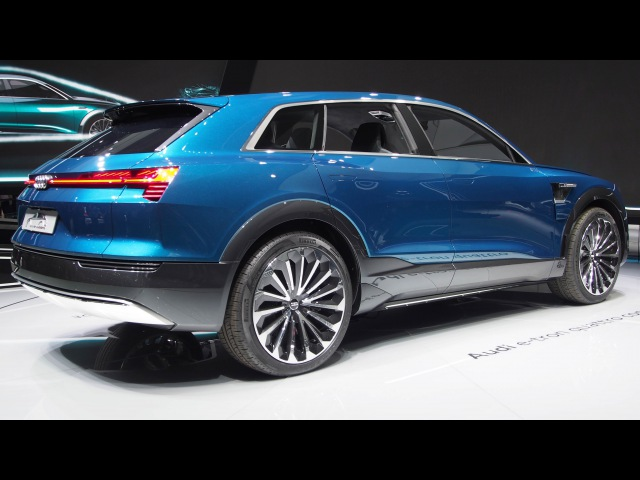 Audi Q6 e-tron Electric Car Quattro Concept - Exterior and Interior Walkaround