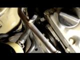 Определение состояния ремней, замена ремней и подшипника ролика, Nissan Almera N16