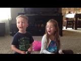Дети узнали, что у них будет братик или сестрёнка