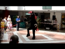 Конь Юлий танцует ган гам стайл
