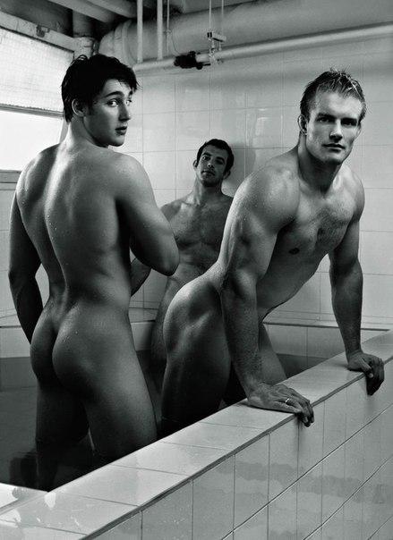 фото красивых голых мужиков и парней