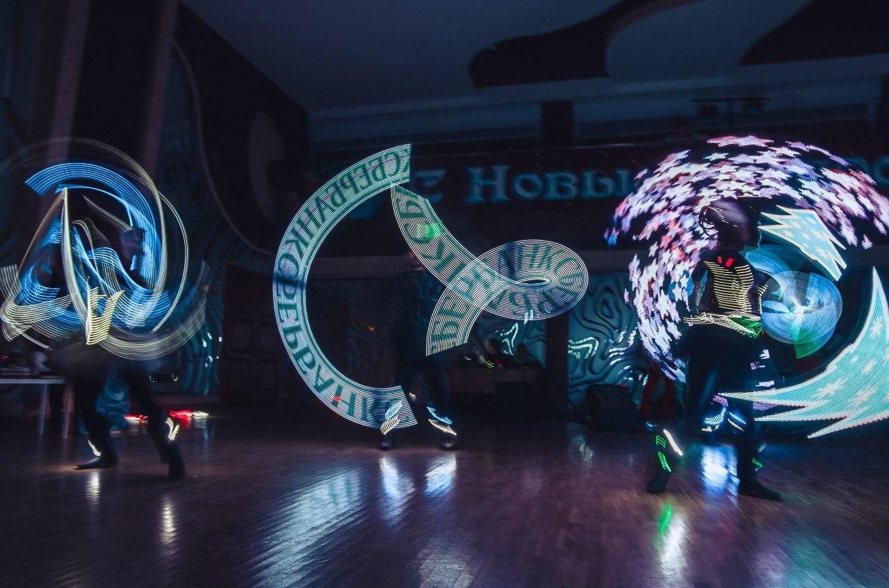 куклы мимы ходулисты саратов ночь музеев музей радищева 2017 живые статуи пантомима мим шоу мимов мимы мим шоу шоу мимов пантомима клоуны клоун аниматоры аниматор анимация встреча гостей артисты на встречу гостей ходулисты артисты на ходулях жонглеры шоу на ходулях ходулист живые статуи живая статуя живые скульптуры живая скульптура проведение детских праздников саратов энгельс балашов аткарск петровск балаково детские праздники саратов детский день рождения артисты на детский праздник ведущий на детский праздник воздушные шары саратов купить воздушные шары оформление воздушными шарами фигуры из воздушных шаров печать на шарах на детский праздник детский день рождения ребенка аквагрим бодиарт грим гример световое шоу неоновое шоу светодиодное шоу лазерное шоу программируемое шоу световое шоу с надписями шоу света ультрафиолетовое шоу танцевальное световое шоу лазерные эффекты световые костюмы лазерные надписи мыльное шоу шоу мыльных пузырей оформление мероприятий в саратове световое оформление аренда оборудования техническое обеспечение мероприятий аренда прокат сцены саратов аренда прокат звука аренда прокат проектора световое оборудование саратов аренда прокат спецэффектов конфетти машина дым машина мыльные пузыри аренда прокат саратов стойка для баннера в аренду огненное шоу фаер шоу файер фаершоу фаейршоу огневое шоу феерическое шоу шоу огня шоу с огнем огненно световое шоу танец с огнем танец огня организация огненного шоу огненная надписи огненное сердце театр огня огненное шоу для свадьбы пиротехника пиротехническое шоу салют фейрверк фейрверк заказать салют заказать фейерверк холодные фонтаны дорожка из фонтанов организация фейрверков организация салютов пирошоу волга вайбс волга вибес волга вайб volga vibes volgavibes кафе ресторан саратов заказать банкет саратов кафе саратов event шоу-программа организация мероприятий в саратове организация праздников саратов праздничное агенство саратов event агенство саратов организация промо саратов свадьба свадьба в са