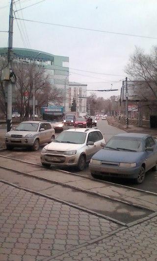В центре Саратова насмерть разбился мотоциклист