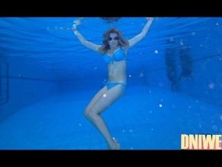 Голые подводой видео фото 499-562