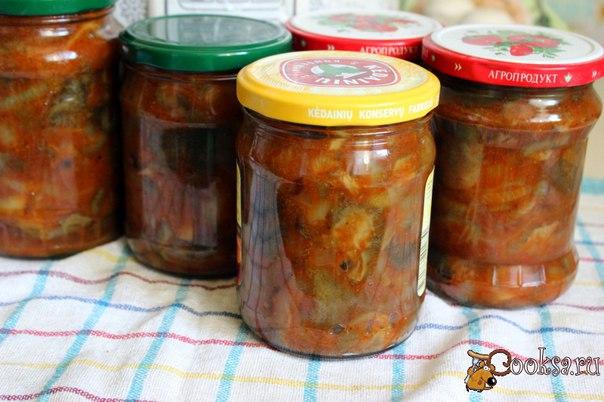 Грибы в томатном соусе на зиму #грибы #кулинария #заготовки #вкусно #рецепты Предлагаю Вам еще один рецептик заготовочки из грибов на зиму, которая готовится в мультиварке.Грибы в томатном соусе - очень вкусная закуска, которую можно подать к ужину или обеду,либо к праздничному столу, например на Новый Год.Баночки с этой закуской прекрасно хранятся в условиях городской квартиры.