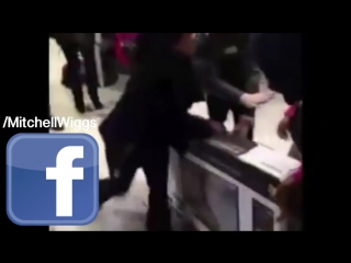 Черная пятница в Америке - Black Friday 2015 Fights, Brawls, Attacks, Theft, And Stampedes!