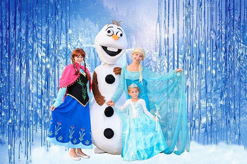 Снеговик Олаф, Анна, Эльза на детский день рождение в Севастополе