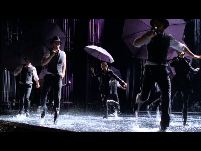 Glee En İyiler: Singing In The Rain Umbrella