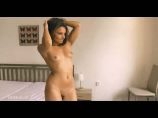 4K : Czech Nude Model ANETTA KEYS
