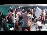 The Harlem Shake [NAKED ON RUSSIAN TRAINING]!!!