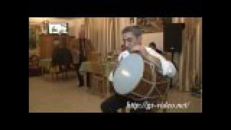 Артист уровня дзен Армянский виртуоз барабанщик