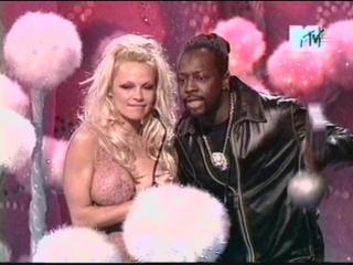 Wyclef Jean  Pamela Anderson MTV EMA 2002