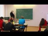 Александров Д.А. Электричество. Решение задач про бесконечную цепочку