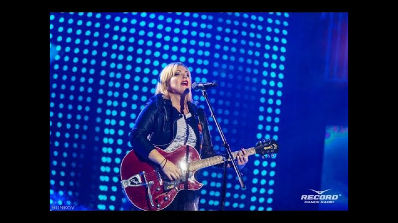 Яна -Одинокий голубь 21.11.2015 Супердискотека 90-х Санкт-Петербург СКК