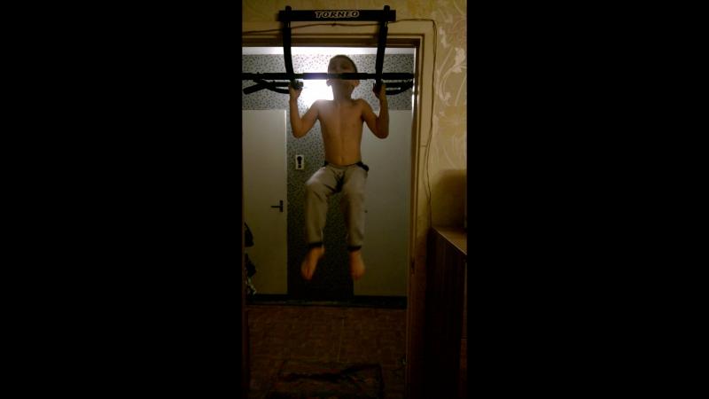 Захарик 2009г.р.(6 лет) вес 28 кг