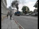 Parní lokomotiva 498.022 v ulicích Brna [2007]