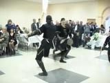 Танец с кинжалами!
