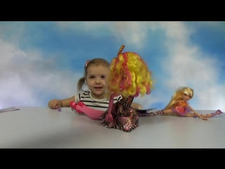 Открываем куклу Винкс Клуб и Монстер Хай большая кукла Unpacking giant doll Monster Hign  Winx Club