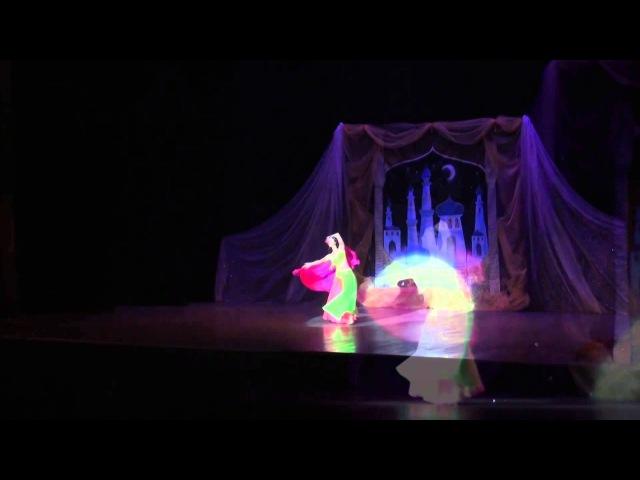 Танец Анис Аль-Хаят, фрагмент из спектакля