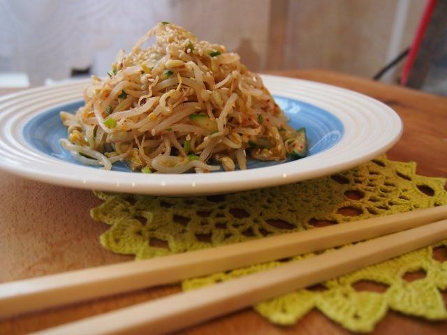 Корейская кухня Сук Джу Намуль (숙주나물) маринованные ростки маша