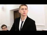 Студенты Уральского горного (УГГУ) поют песню о Вове