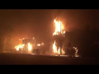 Valley Fire In Middletown Grow Rapidly - Lake County Video