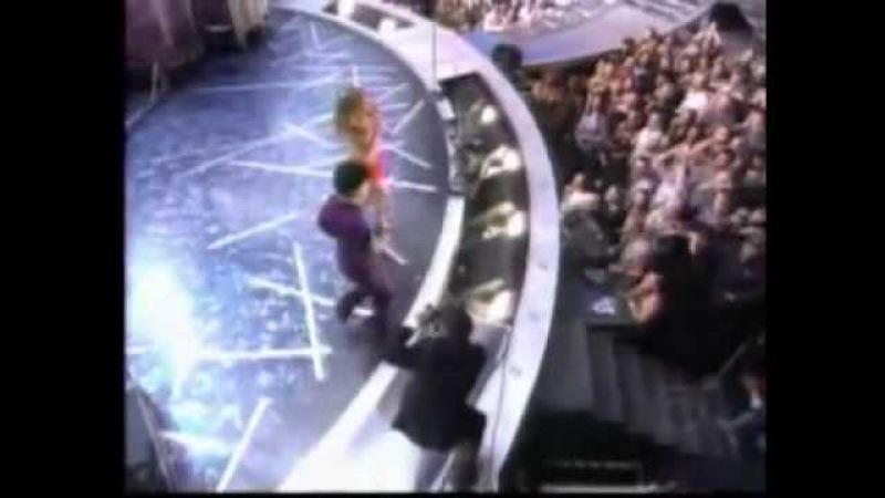 Vidéo Prince Beyonce Purple Rain Medley 2004 Grammy de Denis RYFELL Beaudin Actualité Denis RYFELL Beaudin wat tv