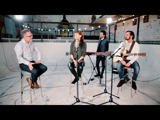 Jesus Culture (Kim Walker - Smith) In The River New Song Cafe