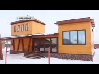 Мужчина построил умный дом и не платит за коммунальные
