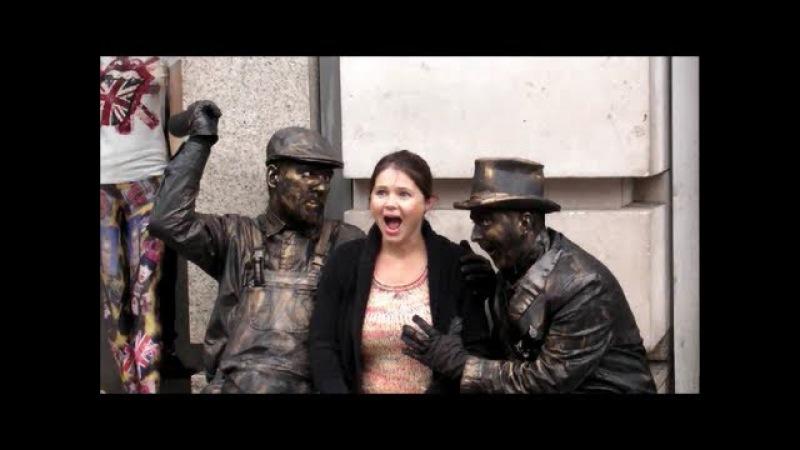 The Drunk Bandits. Living Statues. London