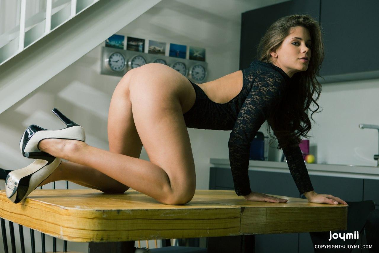 Perawan Calon Sekretaris