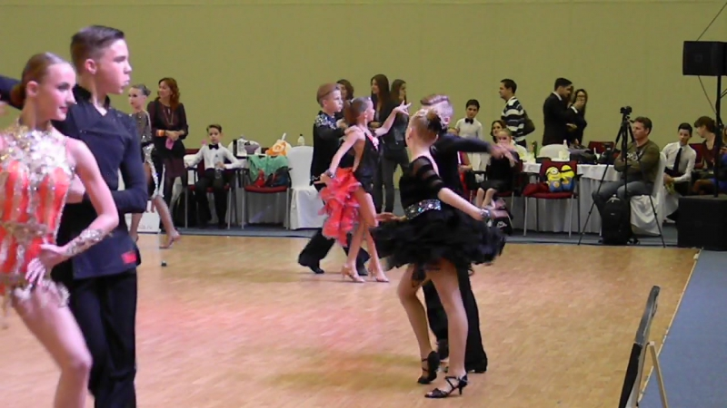 Happy Dance 08.11.2015г.Ча-ча-ча юниоры 1 D класс.