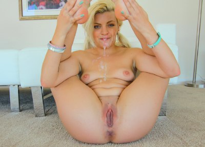 Rockin Tight Teen Pussy