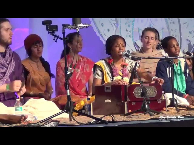 HG Acyuta Gopi Singing in Sadhu Sanga Retreat 2015 on Day 2 HD Video