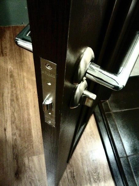 заказать металлическую решетчатую дверь с установкой в троицке