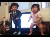 Корейские детки танцуют 2014 год