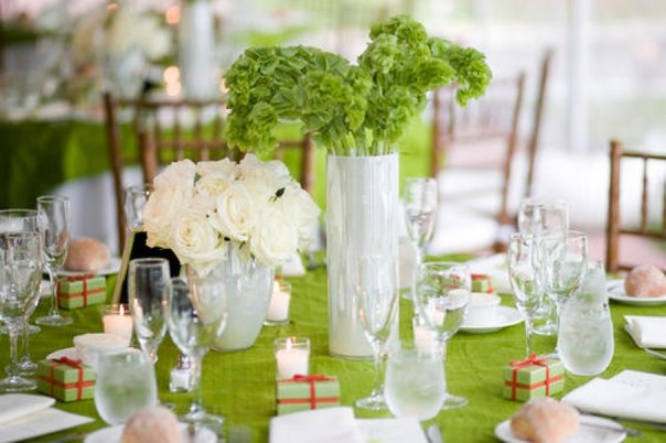 Салатовая свадьба. Букет из конфет (4 фото)