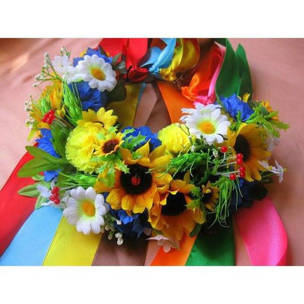 Украинский венок из искусственных цветов