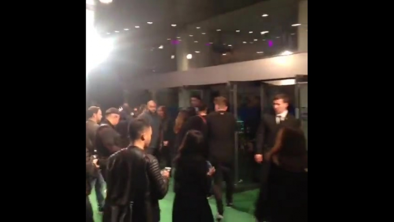 October 22 Fan taken video of Justin at the 'Ed Sheeran Jumpers For Goalposts' premiere in London, England.