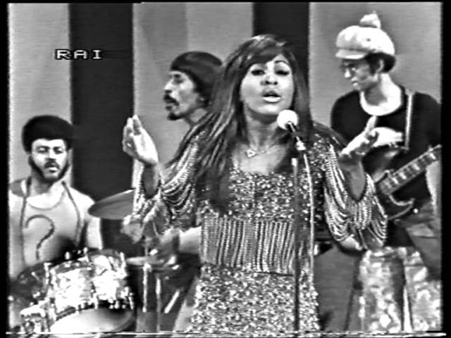 Ike Tina Turner - Proud Mary live on Italian TV 1971