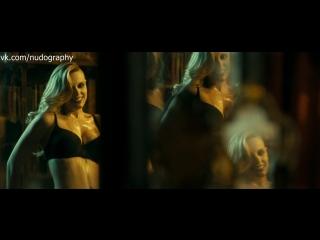 """Каролина Банг (Carolina Bang) в нижнем белье - """"Ведьмы из Сугаррамурди"""" (Witching and Bitching, Las brujas de Zugarramurdi, 2013"""